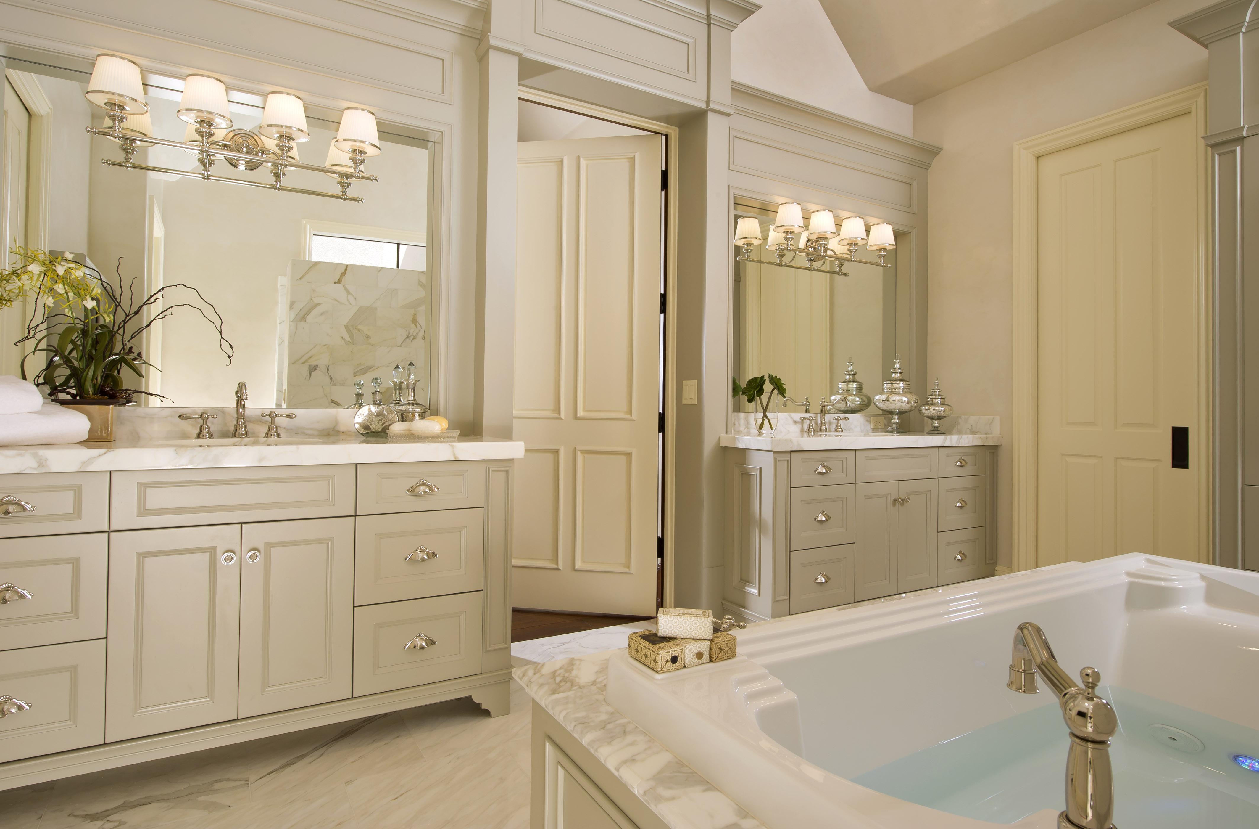 Bed / Bath